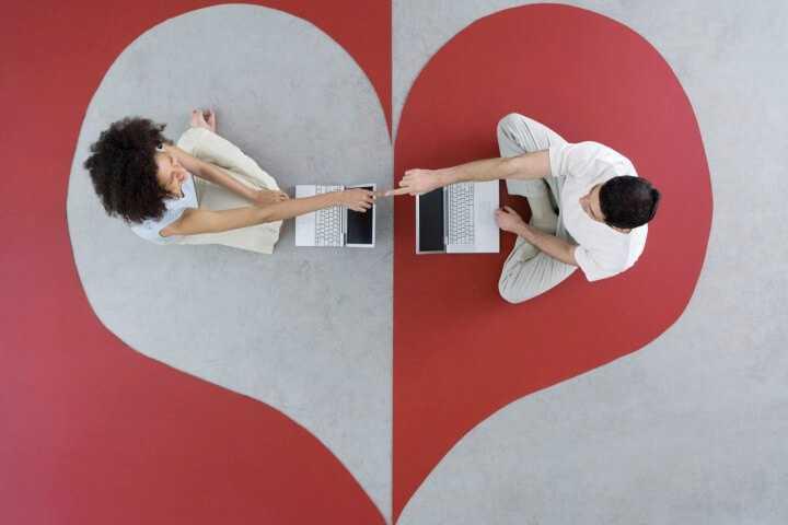 Come conoscere persone online: 3 siti consigliati per fare amicizia e trovare l'amore