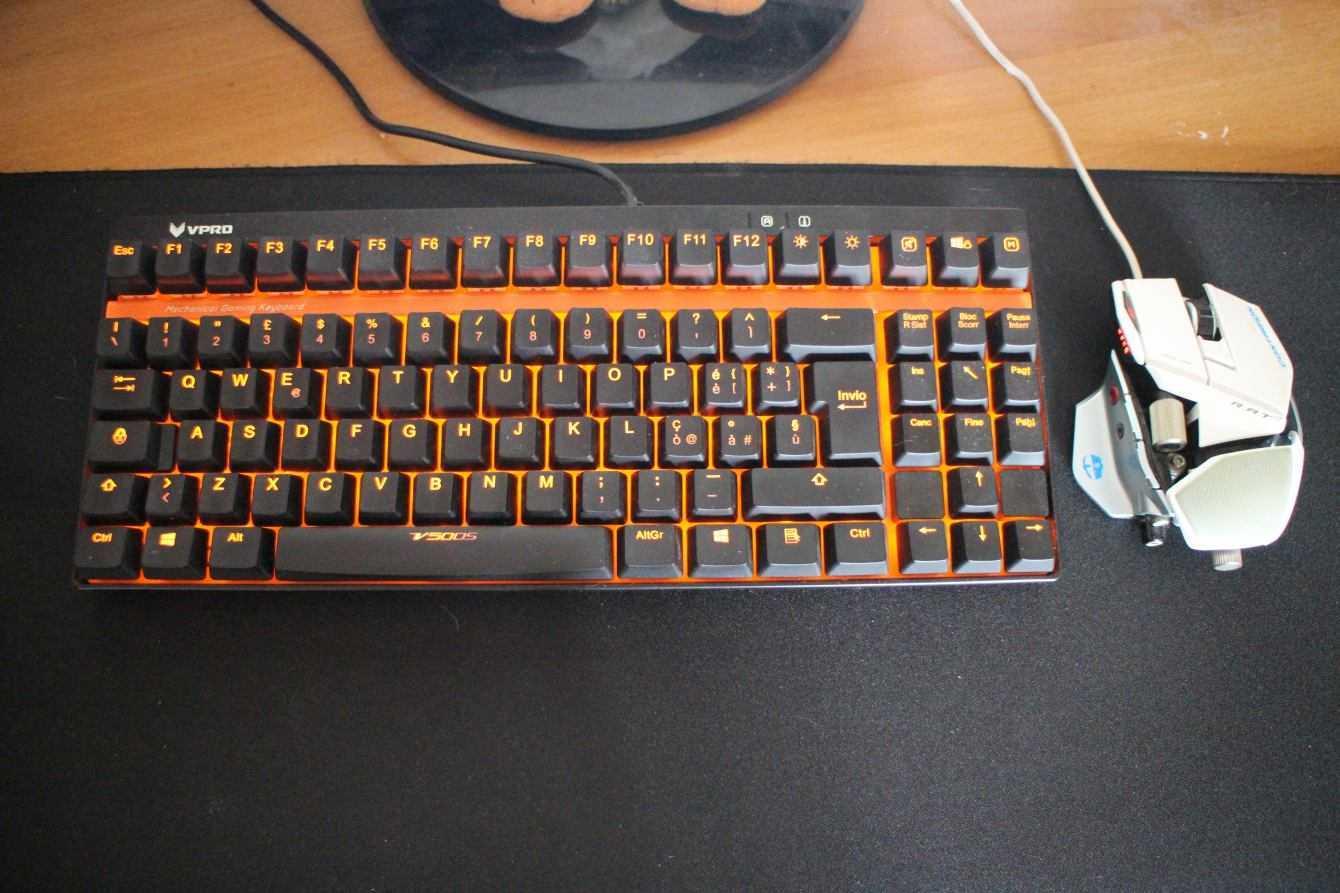 Rapoo V500S: la tastiera meccanica e economica per il gaming | Recensione