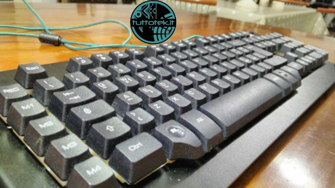 Recensione Nacon CL-510: una tastiera da gaming economica ma formidabile