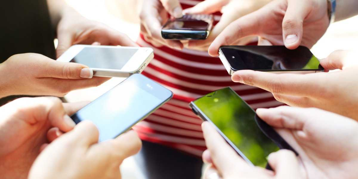 Sei telefonino dipendente? La sindrome che colpisce sempre più giovani