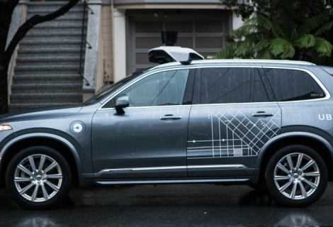 Guida autonoma e intelligenza artificiale: primo incidente mortale