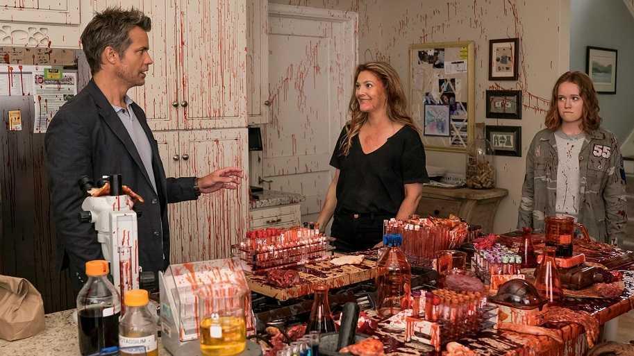 Recensione Santa Clarita Diet: l'horror comedy che mancava