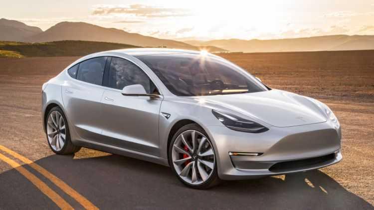 Tesla: un colosso del futuro o una meteora del passato?