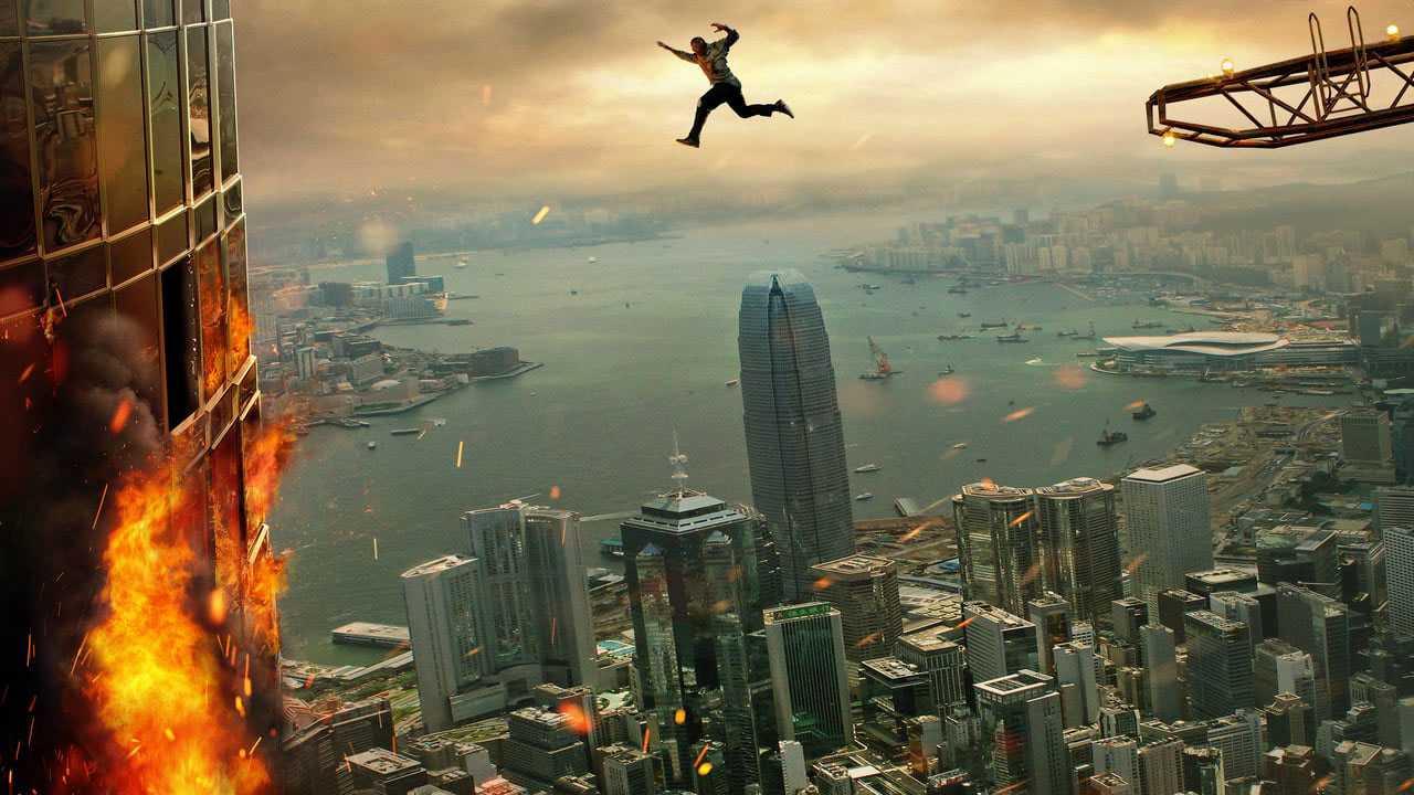 Recensione Skyscraper: eroismo ipertrofico familiare