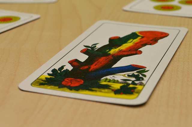 Migliori giochi di carte online, tra divertimento e sicurezza