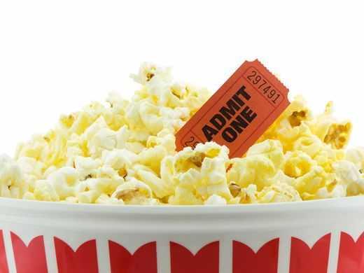 Andare al cinema da soli: 5 motivi per farlo | Parliamone