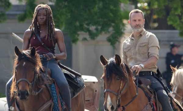 The Walking Dead 9: il nuovo look di Rick e il nuovo compagno di Daryl