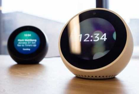 Recensione Echo Spot ed Alexa: una vita con l'IA di Amazon