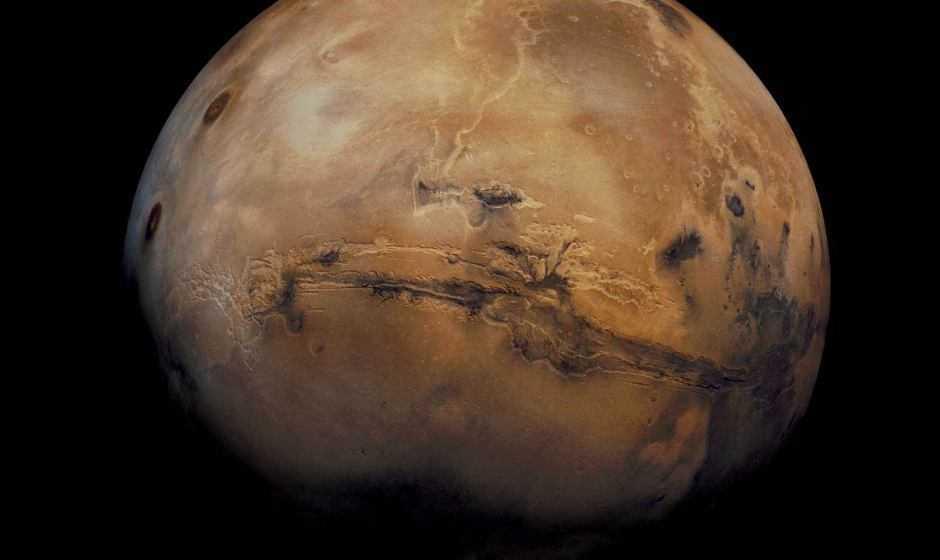 Astronomia: tracce di laghi su Marte, alcuni ospitali per la vita