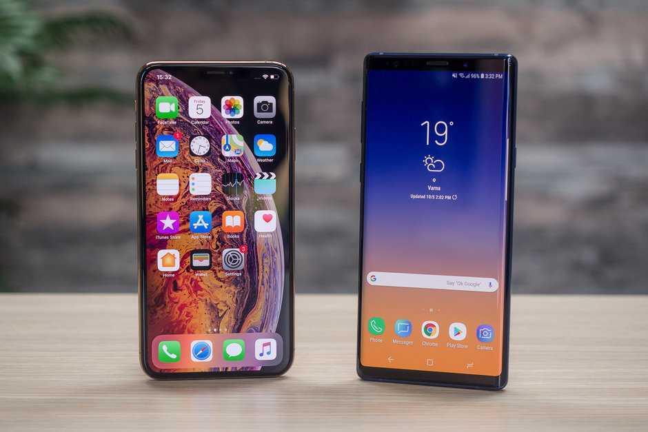 Apple e Samsung: la caduta dei colossi ne segnerà la fine?