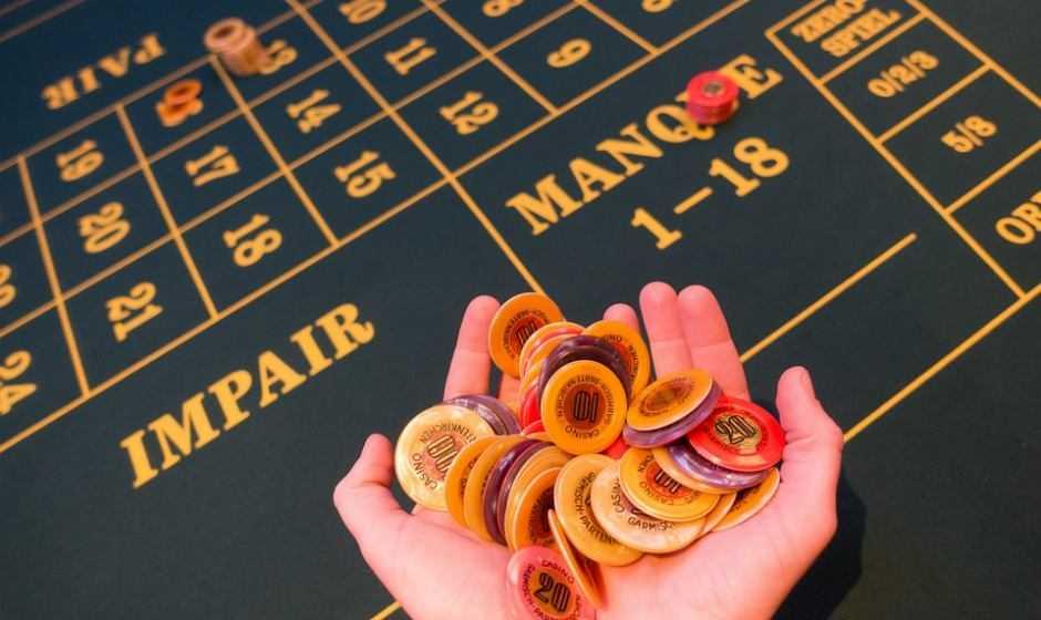 Calcolo, fortuna o capacità personali: su cosa deve puntare il giocatore d'azzardo?