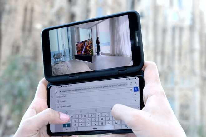 LG V50 ThinQ: al MWC 2019 in 5G e con doppio display