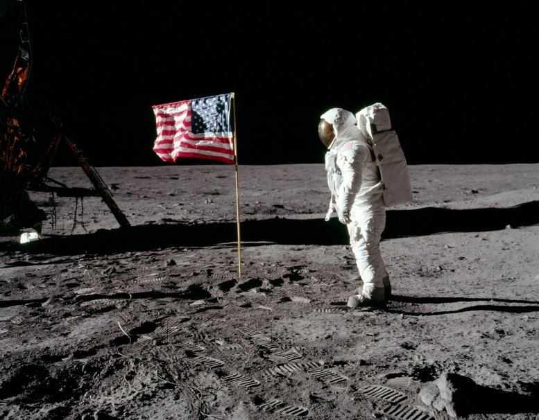 NASA: entro 5 anni si torna sulla Luna con una donna