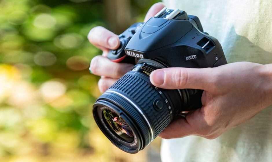 Tre fotocamere Nikon Coolpix per la primavera