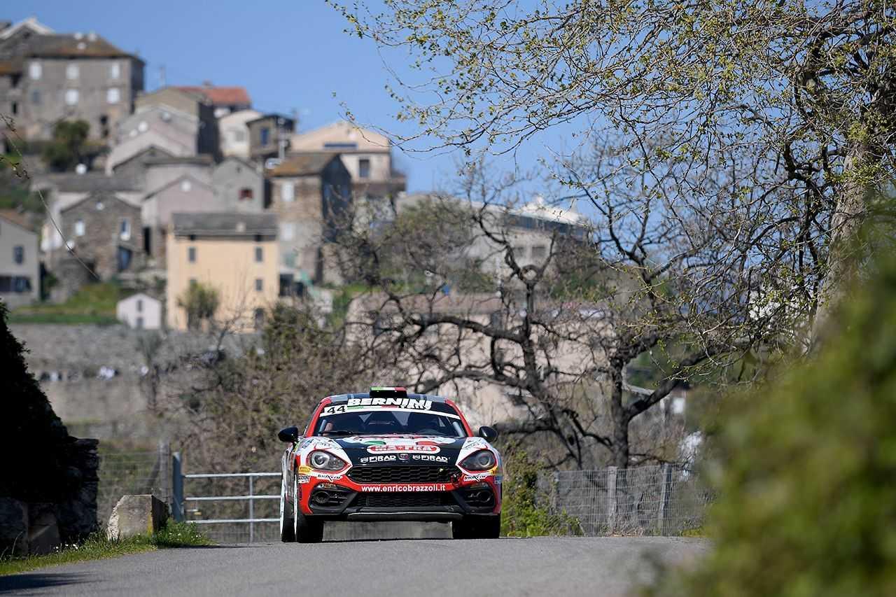 L'Abarth 124 rally vince al Tour de Corse