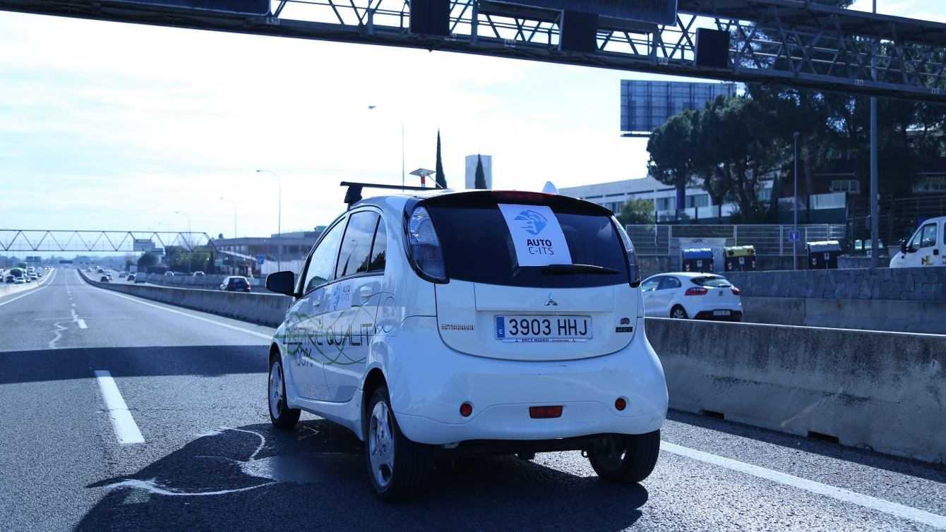 Indra: sperimentazione di successo delle auto a guida autonoma