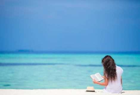 """A Sori apre la """"bibliocabina"""", una biblioteca sulla spiaggia"""