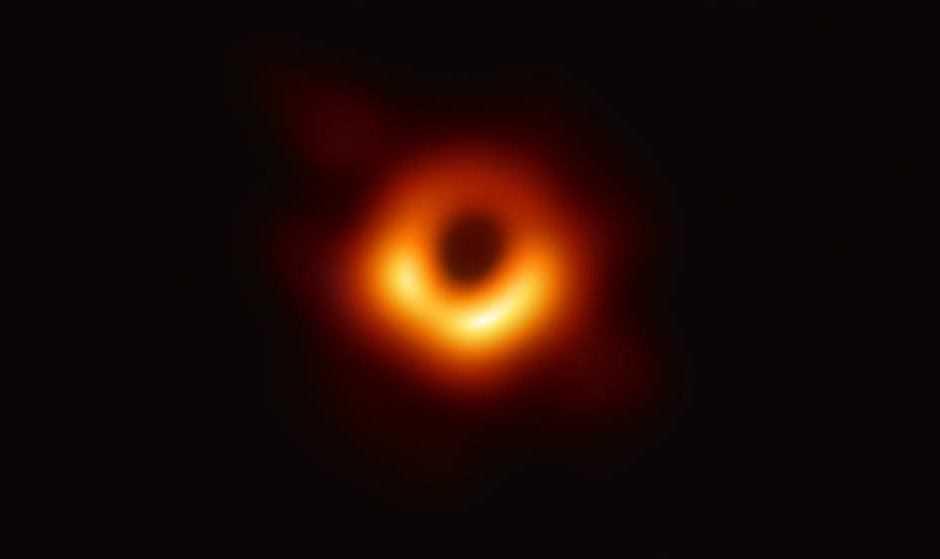 Prima foto di un buco nero, una scoperta sensazionale!