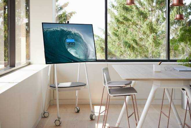 Microsoft presenta Surface Hub 2S: nuovo all-in-one