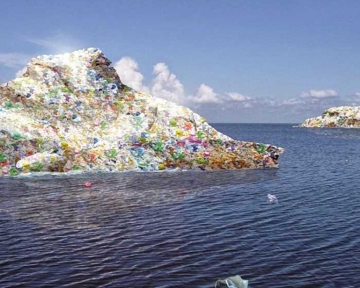 Isole di plastica: nel Pacifico la più grande al mondo