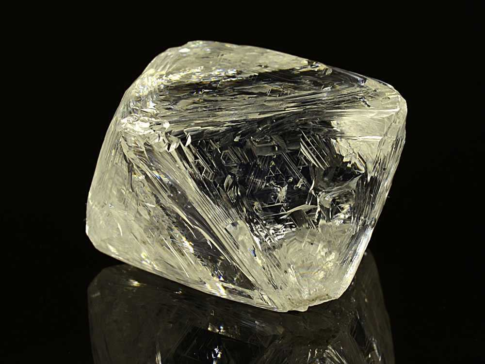 Geologia: i diamanti contengono informazioni sulla storia della Terra