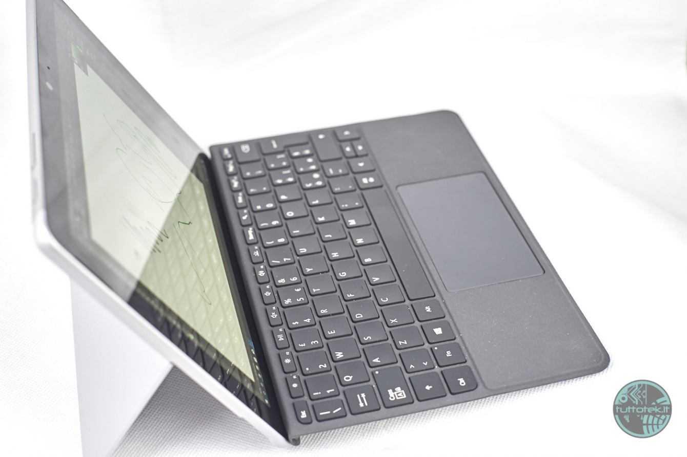 Recensione Microsoft Surface Go: piccolo ma perfetto