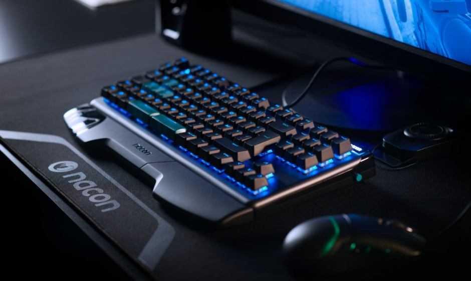 La Tastiera PCCL-750OMIT di NACON ora disponibile