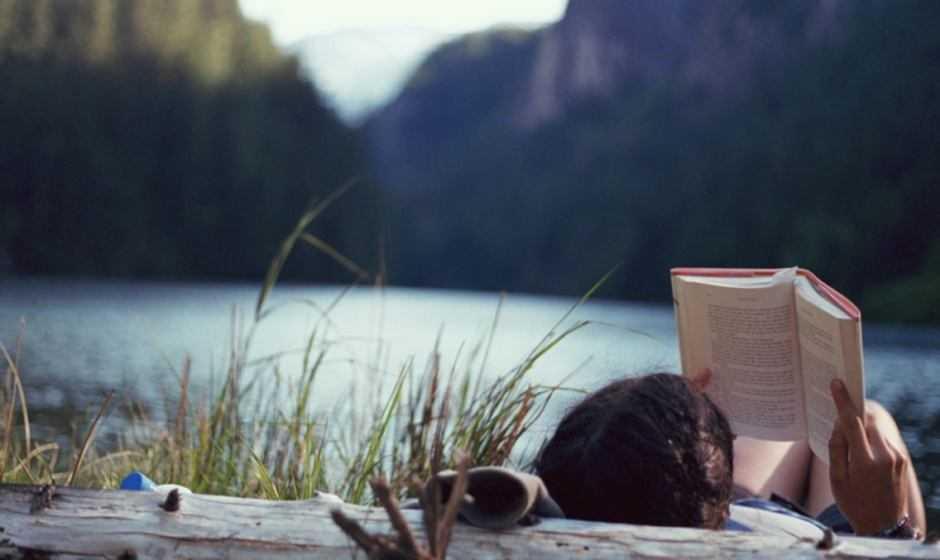 Libri e vacanze estive: i migliori titoli da scegliere