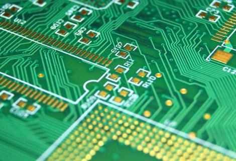 PCB e tecnologia: circuiti sempre più complessi