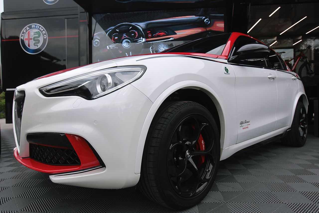 """Divertimento e adrenalina ai """"Quadrifoglio Day"""" Alfa Romeo"""