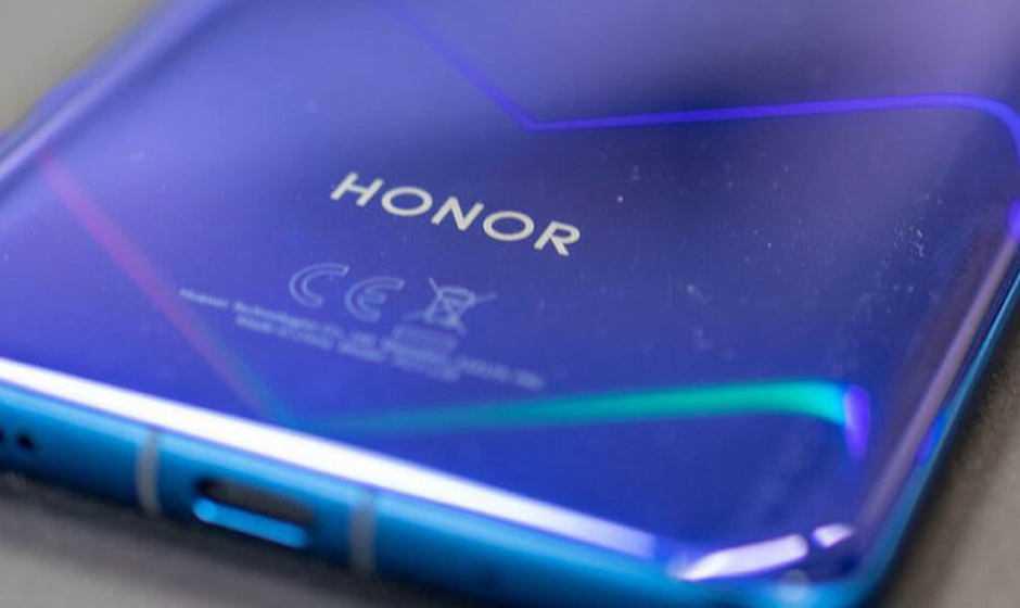 Honor 20: lancio rimandato, disponibile dall'8 luglio