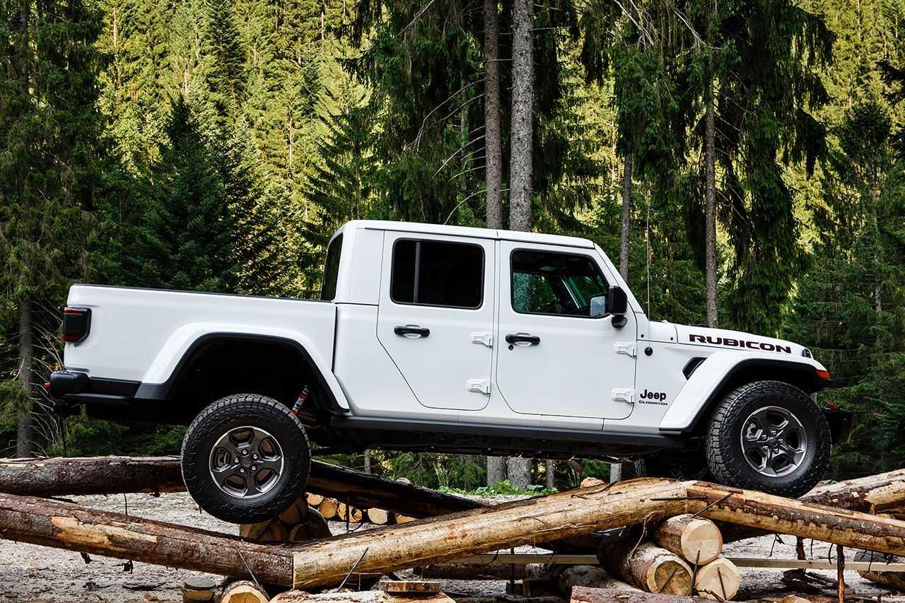 Nuova Jeep Gladiator: in anteprima europea al Camp Jeep