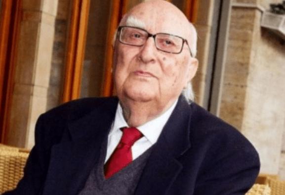 Andrea Camilleri è morto, addio allo scrittore siciliano