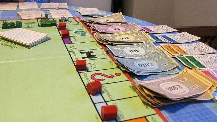 Monopoly: origini, curiosità e chicche del gioco da tavolo
