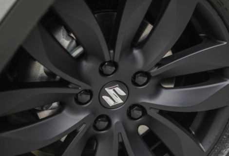 SUV e tecnologia Hybrid: Suzuki realizza nuovi record
