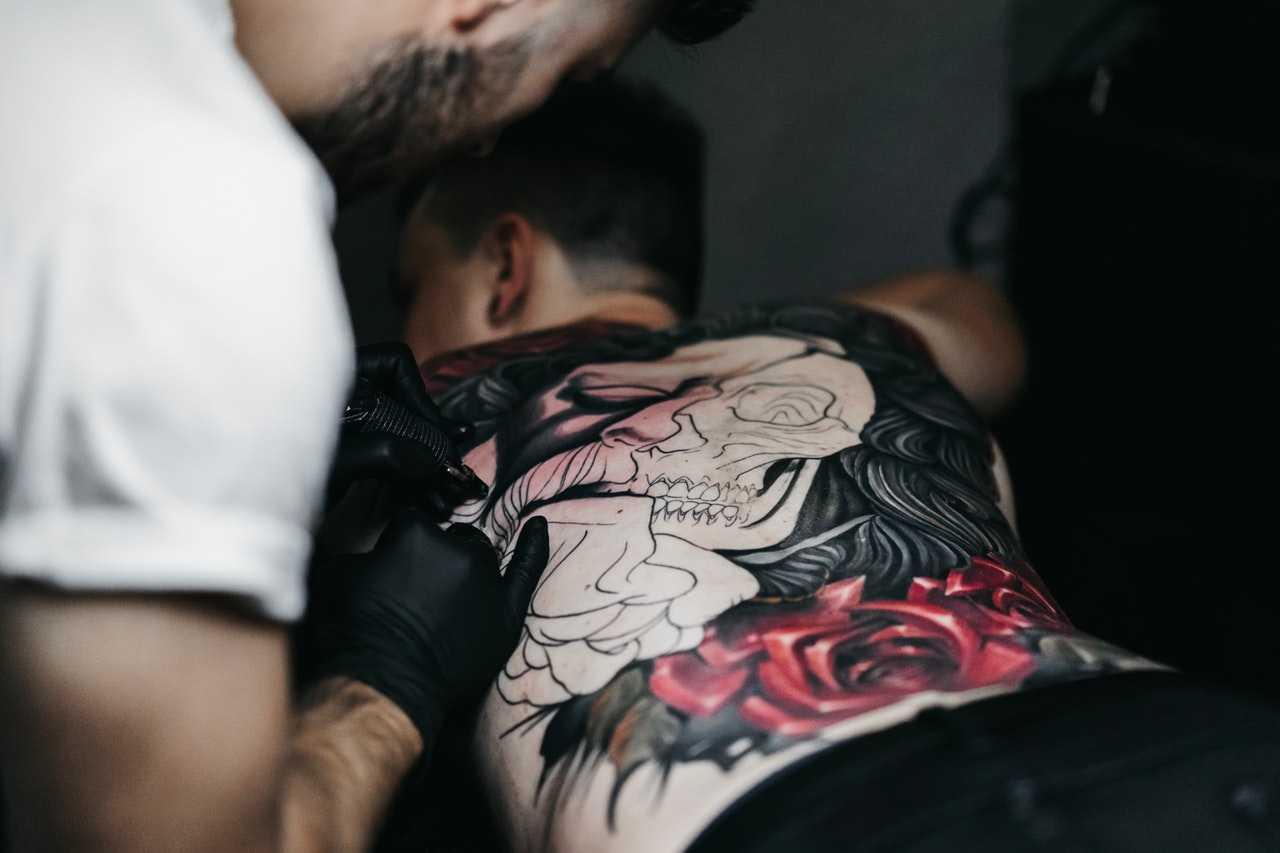 Tatuaggi: allergia provocata dall'ago | Medicina