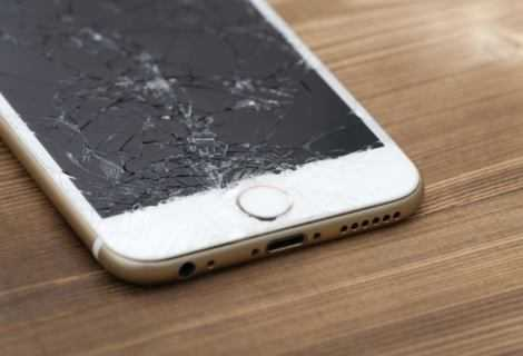 Riparare iPhone: schermo, touchscreen e back up