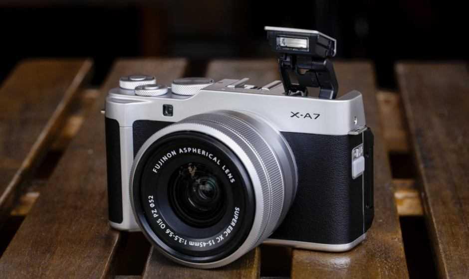 Fujifilm X-A7: specifiche ufficiali della mirrorless per tutti