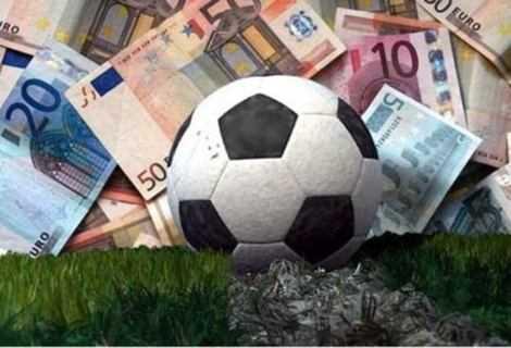 La rivoluzione del calcio: Amazon e Netflix interessate alla Serie A