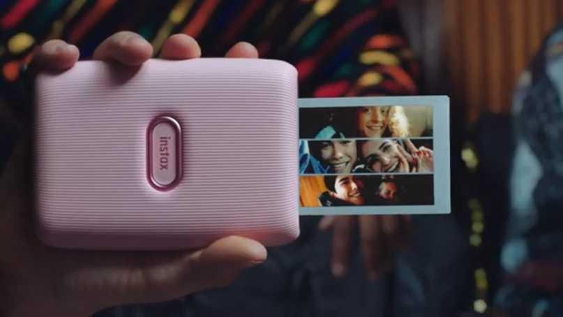 Fujifilm lancia la stampante per smartphone Instax Mini Link