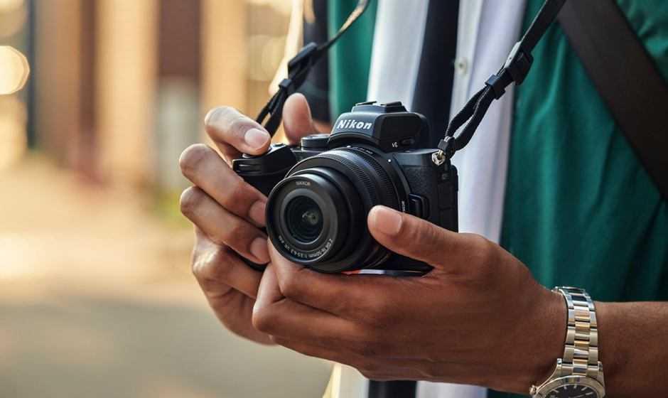 Nikon Z 5: arriva in Italia con due kit