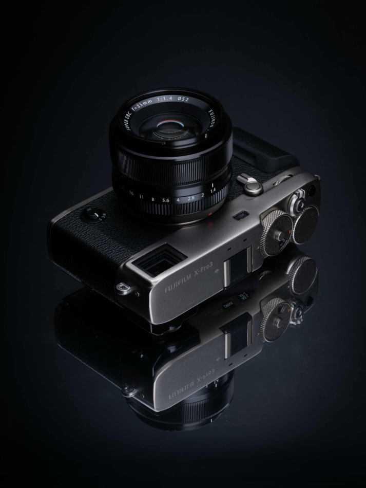 FUJIFILM X-Pro3 ufficiale: c'è sempre più passato nel futuro