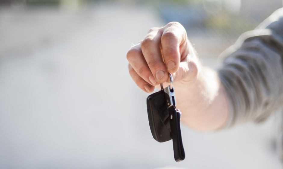 App Locauto Elefast: scopri il noleggio auto senza stress
