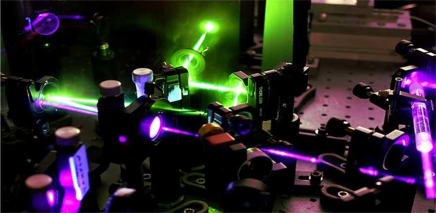 Optoelettronica: verso CPU e memorie fotoniche | Tecnologia