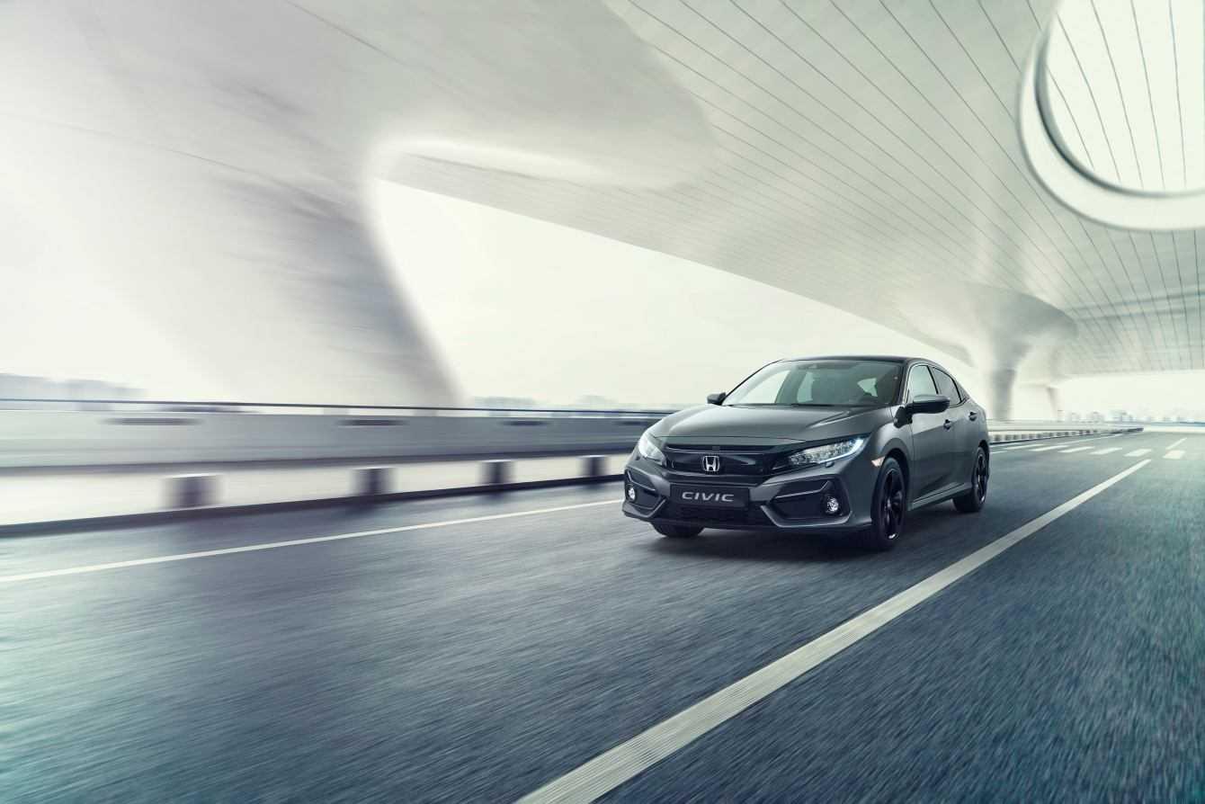 Honda annuncia il restyling di Honda Civic