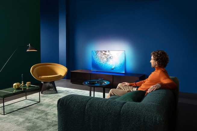 Philips: ecco le nuove TV OLED con IA e audio Bowers & Wilkins