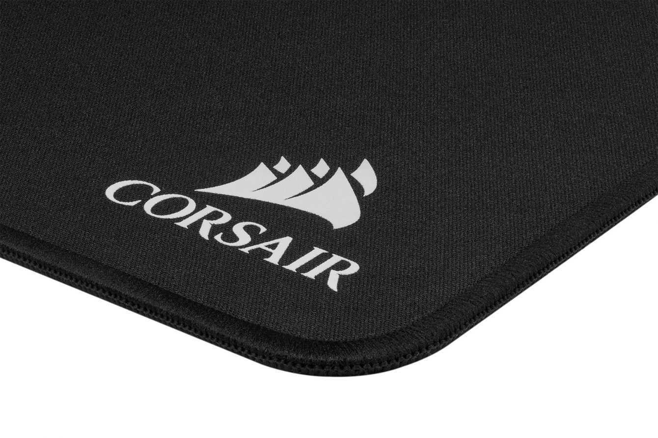 Novità in casa CORSAIR: SCIMITAR RGB e mouse pad MM500