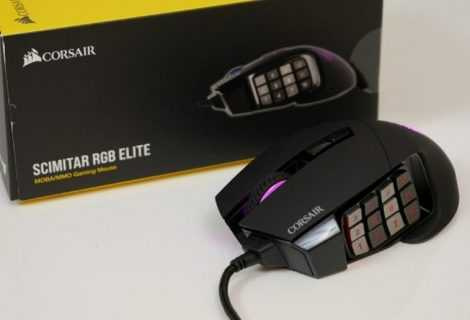 Recensione Corsair Scimitar RGB Elite: mouse da gaming