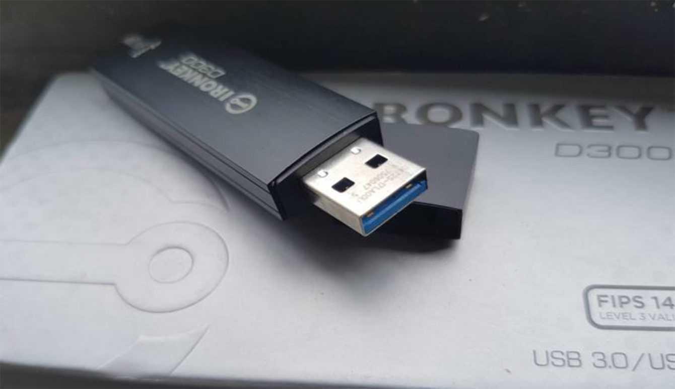 Ecco Kingston IronKey D300: tra le chiavette USB più sicure al mondo