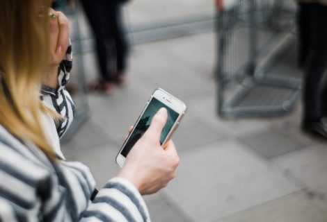 Perché gli smartphone ci stanno rendendo più soggetti agli infortuni